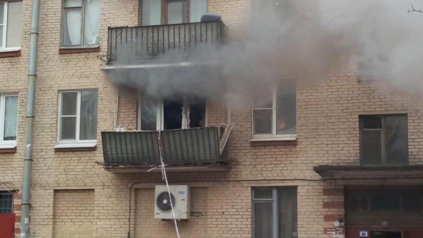 Гражданин Сестрорецка попал в клинику из-за взрыва самогонного аппарата